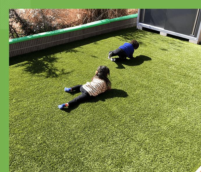 子ども・ペットと 遊べるお庭に